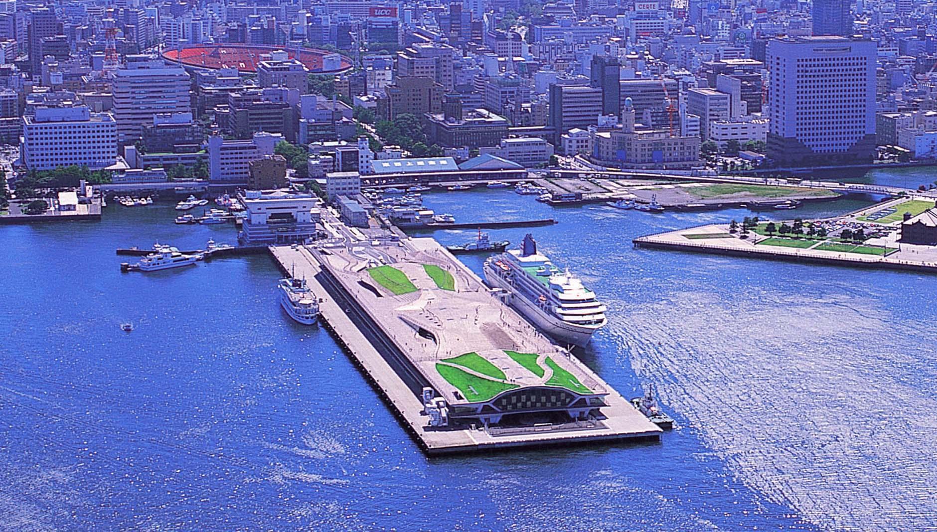 پایانه مسافربری بین المللی یوکوهاما